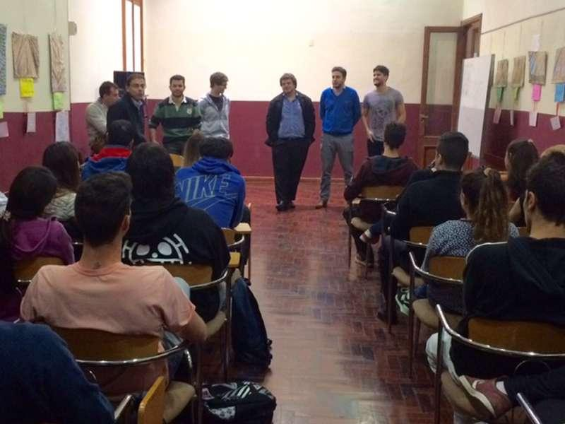 Visita de ex alumnos.